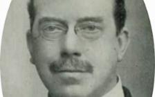 Sir-Oswald-Stoll-1922.jpg